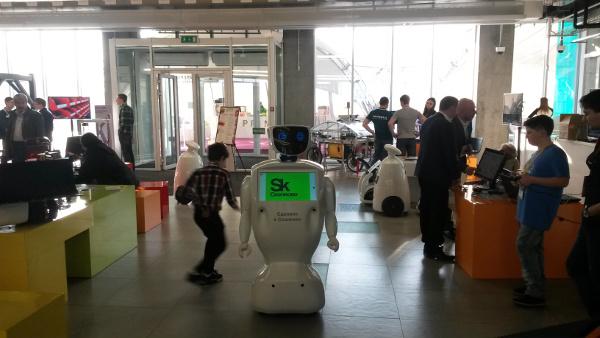 Skolkovo Robotics 2015 - промобот