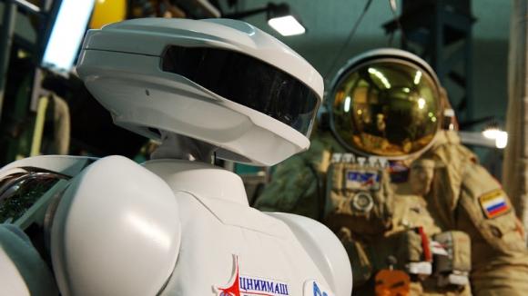 SAR-400 - отечественный робот-космонавт