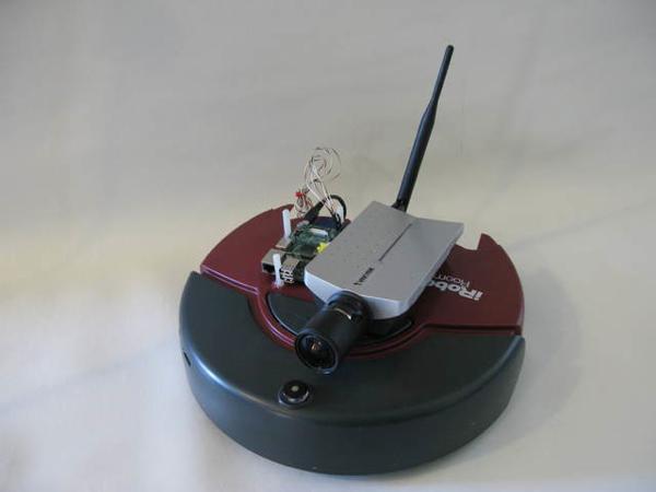 Raspberry Pi управляет роботом-пылесосом iRobot Roomba