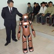андроид-учителя из Японии