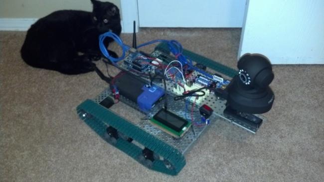 и поворотная IP-камера