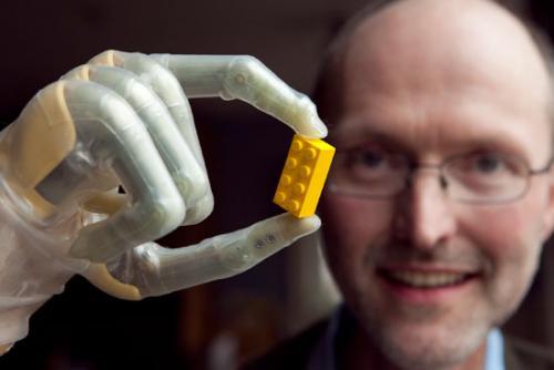 Бионические пальцы