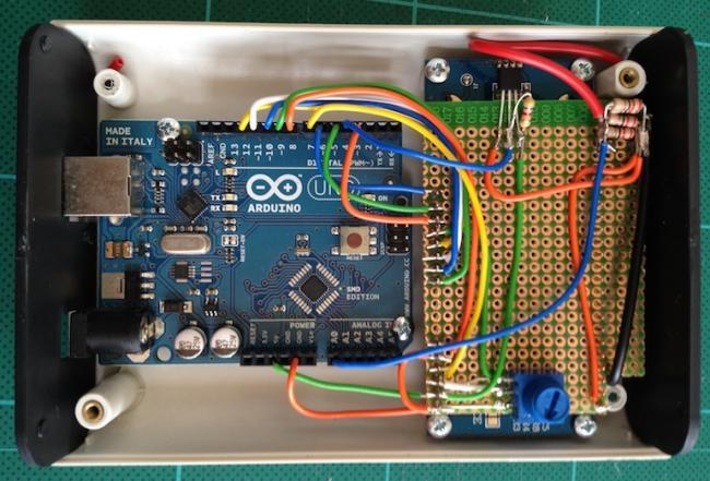 Arduino и измерение ёмкости батареек
