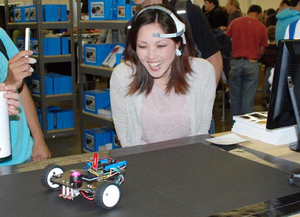Мысленное управление Arduino-роботом
