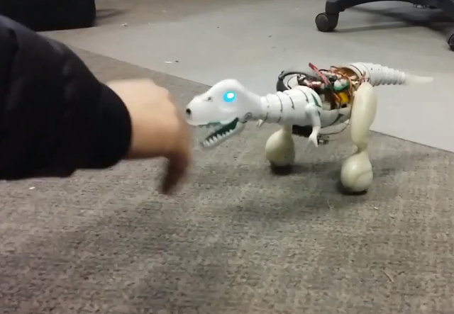 прототипа рободинозавра Boomer